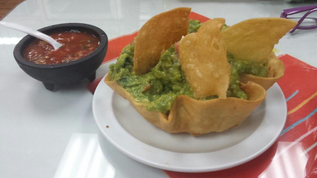 mc-taqueria-guacamole-1024x576.jpg